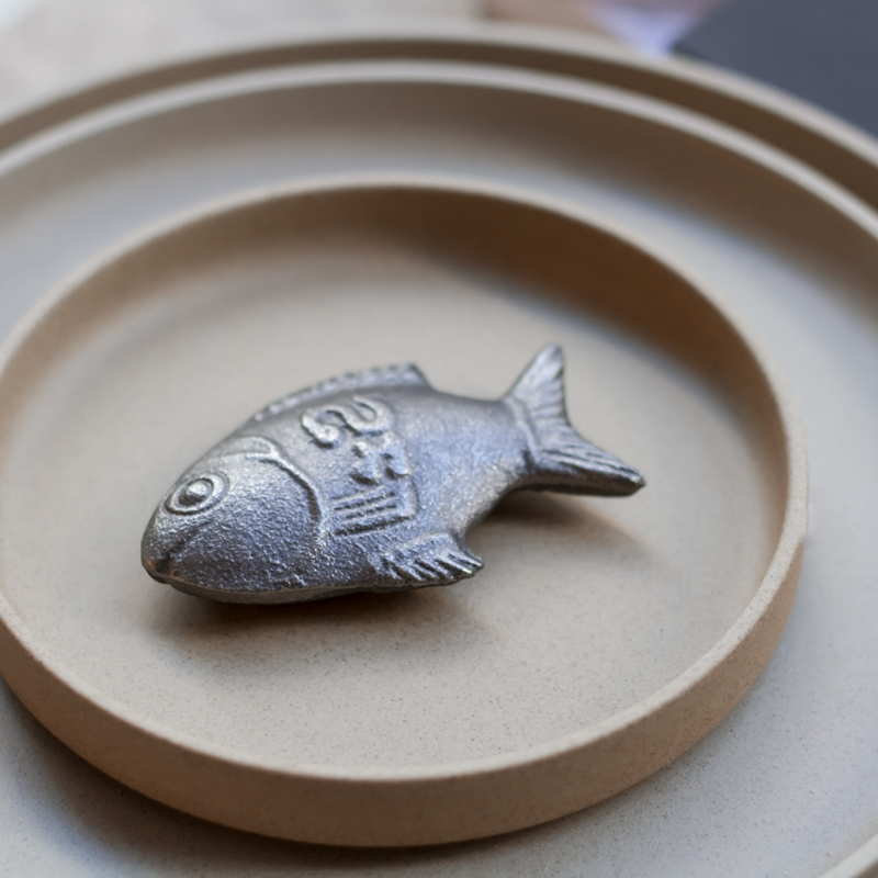 Lucky iron fish chez maison godillot for Lucky iron fish controversy
