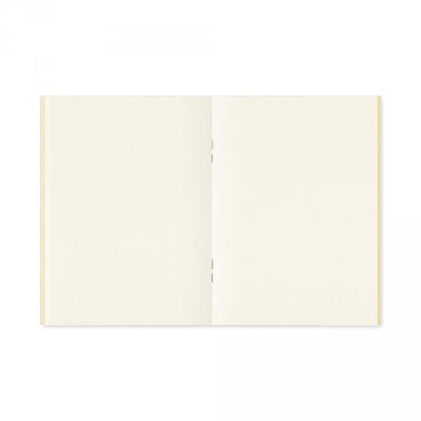 013 - MD Paper cream ( passport ) Traveler's Notebook