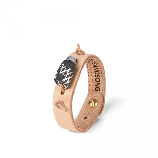 Leather bracelet N°1 - Grey sandstone pearl