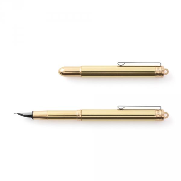 Ballpoint pen - brass - TRAVELER'S COMPANY