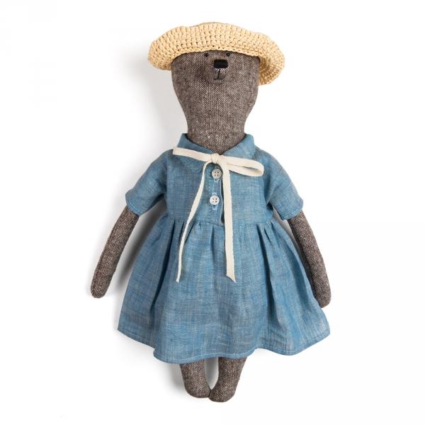 ZOE - Bear with a checkered dress