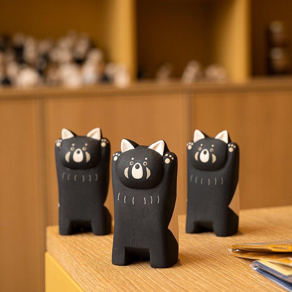 BONJOOOOUUURRR ! Panda roux 🐼 en bois par le fabricant Japonais @tlab_japan 🇯🇵Retrouvez l'ensemble de la nouvelle collection 2021 en ligne et en boutique !#tlab #tlabjapan